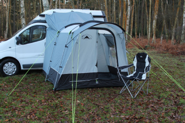 SunnCamp Silhouette 225 Motor Plus Awning / Drive Away